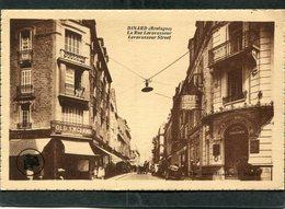 CPA - DINARD - La Rue Levavasseur - Dinard