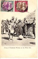 GROUP OF SUDANESE WOMEN ON THE WHITE NILE - Soudan