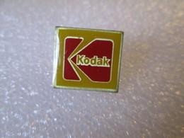 PIN'S   KODAK - Photography
