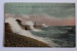 Le Havre - La Nouvelle Jetée Par Gros Temps - Le Havre