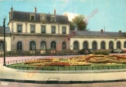 54.  LUNEVILLE .  La Gare Et Le Jardin Fleuri . - Luneville