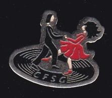 63753- Pin's-CFSG.danse.Pin Up.signé Trigano Bedarieux. - Villes