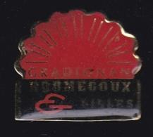 63764- Pin's-Roumégoux Et Gilles à Gradignan Lingerie Vêtements Sportswear - Villes