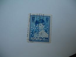 Perforé Perfin Lochung , Roumanie   See, à Voir     DS  21 - Romania