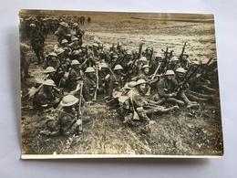 Photo De Presse Originale Guerre WWI 1914 1918 Troupe Soldats Anglais La Veille De La Bataille De La Somme - Krieg, Militär