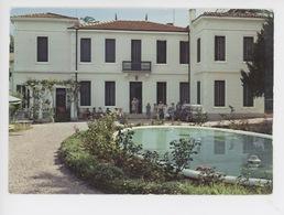 Greoux Les Bains : La Clinique Médicale (n°04) - Gréoux-les-Bains