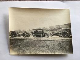 Photo De Presse Originale Guerre WWI 1914 1918 Soldats Anglais Convoi D'artillerie Bombardé - Krieg, Militär