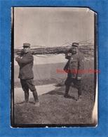 Photo Ancienne D'un Poilu - Transport De Bois Par Des Soldats - 14e Régiment - Construction De Tranchée ? WW1 Front - Krieg, Militär