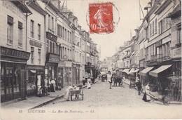 LOUVIERS - La Rue Du Neubourg - Rue Très Commerçante - Louviers