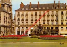 Place Royale Vcers Saint-Nicolas - La Fontaine Monumentale - Nantes - (44) Loire Atlantique - Nantes
