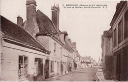 CPA DE MONTOIRE-SUR-LE-LOIR  (LOIR ET CHER)  MAISON DU XVe SIECLE DITE DU JEU DE QUILLES, RUE SAINT-OUSTRILLE - Montoire-sur-le-Loir