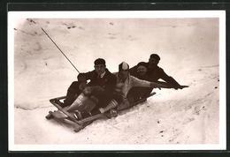 AK Le Lautaret, La Piste De Perquelin, Bob En Course, Schlitten - Deportes De Invierno