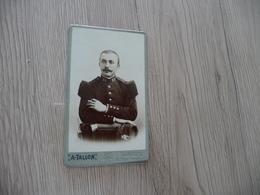 Photo CDV Guerre Militaire Petit Format A.Tallon Langres 21 Au Col Officier Sabre - Krieg, Militär