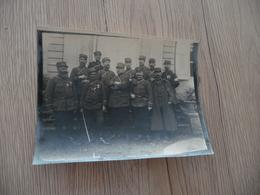 Photo 8.8X 12 Originale Groupe De Militaires Identifiés Au Dos Dont Officier Médailles Décorations - Krieg, Militär