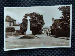 Royaume-Uni - War Memorial Beeston - England