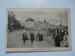 CPA 85 VENDEE - LES SABLES D'OLONNE : Le Remblai - Sables D'Olonne