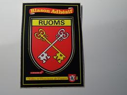 Blason écusson Adhésif Autocollant Ruoms (Ardèche)   Aufkleber Wappen Coat Of Arms Sticker Adesivo Adhesivo - Obj. 'Remember Of'
