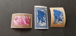 Madagascar Yvert 172+176+178** - Unused Stamps
