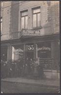 """CPA -  Belgique, SAINT GHISLAIN, Magasin -"""" Alfred Paul """" Fabrique De Casquettes, 53 Grand Rue St Ghislain, Carte Photo - Saint-Ghislain"""