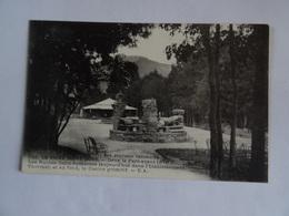 CPA   63  Le VIEUX MONT-DORE Dans Le Parc Avant 1870 Les Ruines Gallo-Romaine   TBE - Le Mont Dore