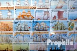 Motive Briefmarken-300 Verschiedene Schiffe Und Boote Marken - Schiffe