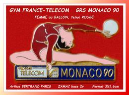 SUPER PIN'S GYM FRANCE-TELECOM : GRS MONACO 90, Femme Au Sol Avec Ballon, Tenue ROUGE, Arthus BERTRAND 3X1,6cm - Arthus Bertrand