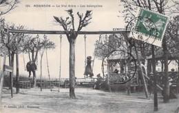 92 - ROBINSON : Le Vrai Arbre - Les Balançoires - CPA - Hauts De Seine - Le Plessis Robinson