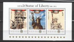 Nevis 2011 - MNH Sheet 2 - 125 YEARS STATUE OF LIBERTY - Denkmäler