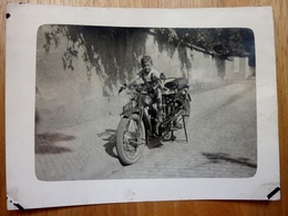 ANCIENNE PHOTO UNE MOTOS RADIOR VERS 1950 12X9CM CPA BON ÉTAT - Motos