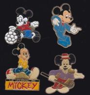 63793-lot De 4  Pin's..BD.cinema. Disney. - Disney