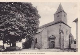 TROCHE - L'Eglise Et La Place Du Marronnier - Autres Communes