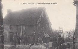53 - LA DOREE Travailleurs Du Bas Du Bourg - Cpa - Autres Communes
