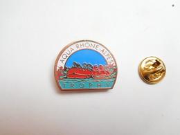 Beau Pin's , Aqua Rhône Alpes Trophy , Raid En Bateau Pneumatique , Zodiac , Handiraid - Pin's