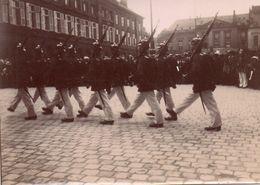 Photo. Défilé Soldats Allemands Casques à Pointes, Guerre 14/18 - Guerre, Militaire
