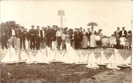 CPA PHOTO . SOCIETE YACHTS MODELES .+ UTILISATION COMME CARTE DE SOCIETAIRE POUR 1912 ! - Lorient