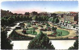 CPSM DE SAINT-ETIENNE  (LOIRE)   PLACE CARNOT ET SON JARDIN - Saint Etienne