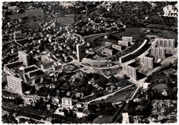 CPSM DE SAINT-ETIENNE  (LOIRE)   EN AVION SUR SAINT-ETIENNE. CLICHE DE BEAULIEU-LE ROND-POINT - Saint Etienne