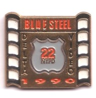 K104 Pin's Vidéo Cinéma Film Movie Blue Steel New York Usa Bigelow Jamie Lee Curtis Ron Silver Achat Immédiat - Cinéma