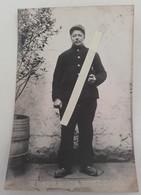 1914 Chasseurs à Pieds En Sabot Fumant La Pipe  Poilu Tranchée Ww1 1914 Carte Photo - Guerre, Militaire