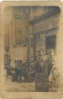 Carte Photo ROMANS SUR ISERE (26) - Plusieurs Personnes Devant Une épicerie Située Au N° 29 De La Rue - Romans Sur Isere