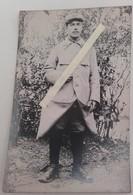 1915 Poilu 119 Eme Régiment D'infanterie Lisieux Jugulaire Képi Tréssée Capote Poiret Tranchée Ww1 1914 Carte Photo - Guerre, Militaire
