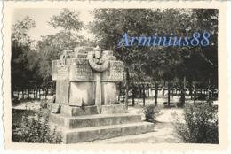 Campagne De France 1940 - Neuville-Saint-Vaast - Cimetière Allemand - Kriegerdenkmal Des Ersten Weltkrieges - Guerre, Militaire