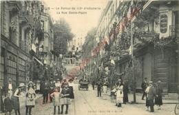 41.  BLOIS . Le Retour Du 113e D'infanterie . La Rue Denis Papin . - Blois