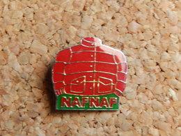 Pin's - NAF NAF - Personajes Célebres