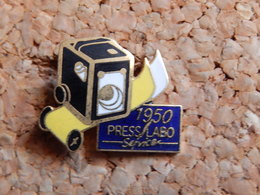 Pin's - PRESS LABO 1990 - Photography