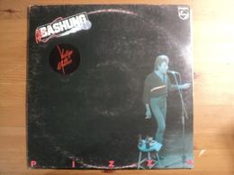 33 TOURS ALAIN BASHUNG. 1981. PIZZA. PHILIPS 6313 129 CA CACHE QUEKCHOSE / L ARAIGNEE / J SORS AVEC MA FRANGINE / AFICI - Vinyles