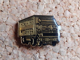 Pin's - CAMION - TRANSPORT M. CARRIER - Transports
