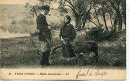 2A-CORSE  - TYPES  CORSES - Idylles Amoureuses - France