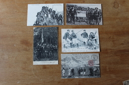 CPA 5 Cartes Les Chasseurs Alpins Et à Pied Dont Belles Cartes Animées Drapeau Des Chasseurs - Guerra 1914-18