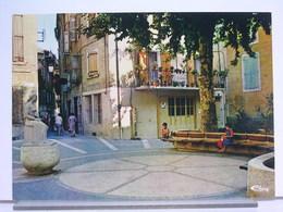 04 - MANOSQUE - PLACE DES MARCHANDS - ANIMÉE - Manosque